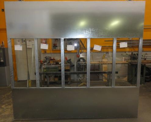 Schiebetor mit Sichtfenster